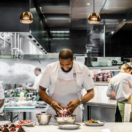 The finishing touches in Sea Containers Restaurant