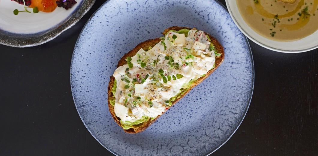Sea Containers Restaurant - New Summer Menu - May21 - Lucy Richards - Lobster, celeriac, toast, dill, parsley, lemon balm_29_04_218425