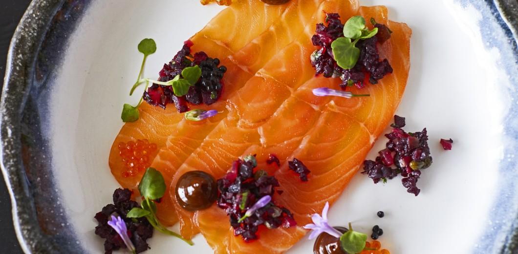 Sea Containers Restaurant - New Summer Menu - May21 - Lucy Richards - Vanilla cured salmon, beetroot tartare, black garlic mayo, orange, garlic blossom_29_04_218442