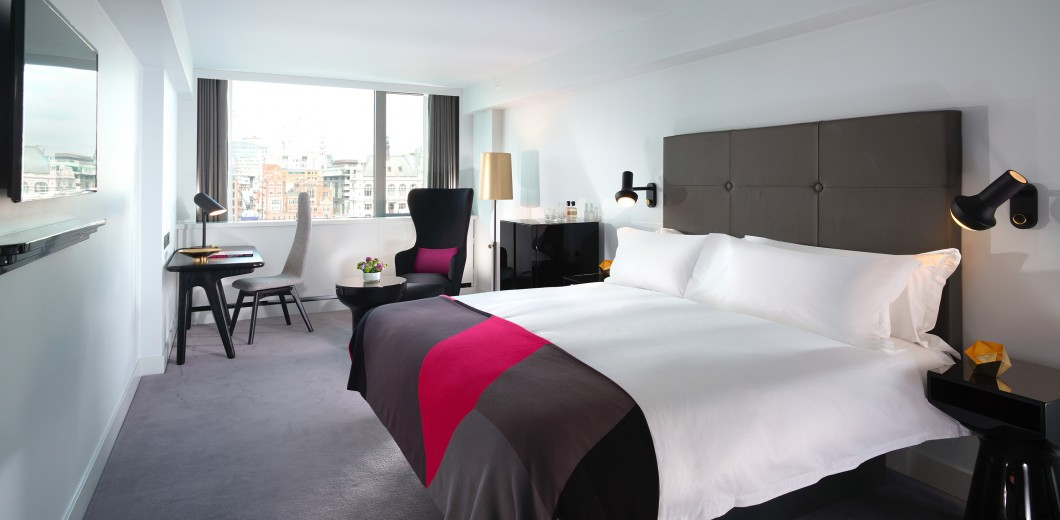 Room Riverview Deluxe Double
