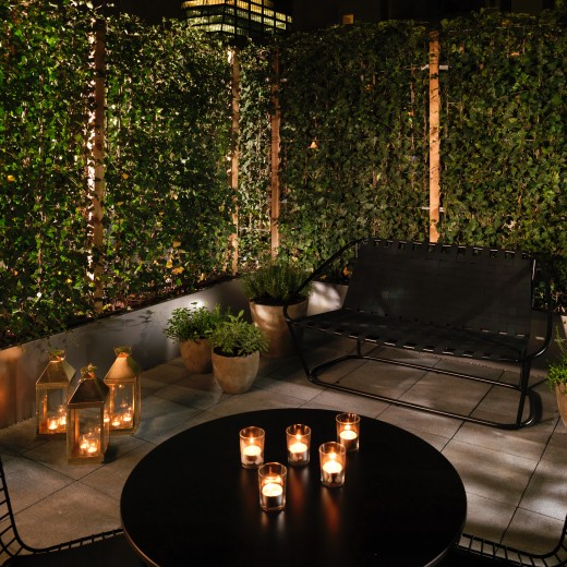 The unique Superior Patio hotel rooms boast an oversized ivy-clad patio and outside seating, ideal for al fresco drinking, dining and relaxing